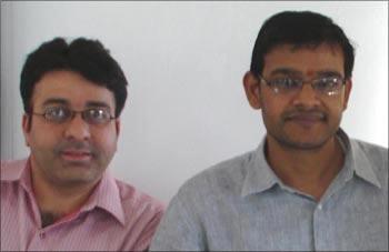 Sunil Maheshwari (R) and Lekh Joshi.
