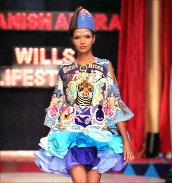 A model clad in Wills Lifestyle clothes walks the ramp.