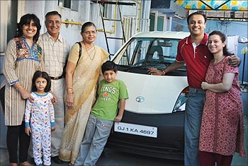 Bhupendra Jani with his family.
