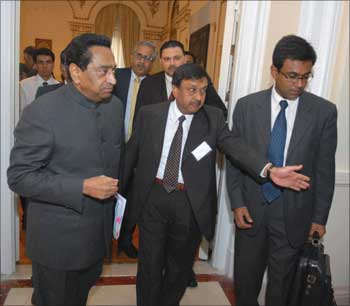Kamal Nath being ushered into the conference hall of the Indian Consulate in New York.