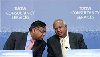 S Ramadorai (R), CEO, Tata Consultancy Services speaks to N Chandrasekaran (L), CEO-designate.