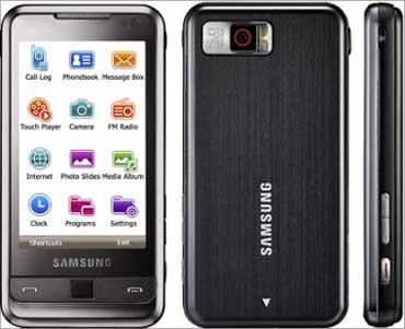 Samsung i900 Omnia.