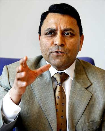 Dinesh C Paliwal.