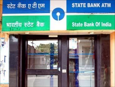 Banks shine.