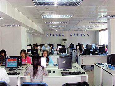 China woos more BPOs.