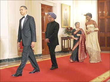 Obama , Manmohan Singh, Michelle and Gursharan Kaur