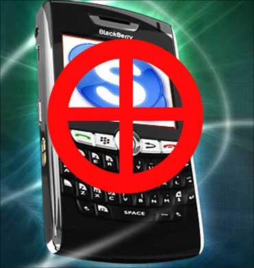 BlackBerry users, you are safe for now