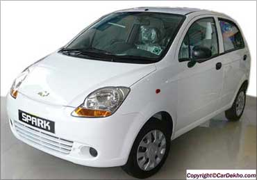 The Spark has peppy looks, decent space and quality interiors with a comparatively lower price tag.
