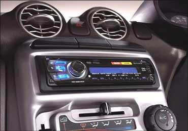 Santro car stereo.