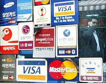 How your credit card affects your credit rating