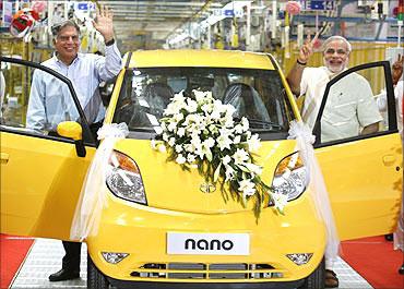Ratan Tata with Gujarat Chief Minister Narendra Modi.