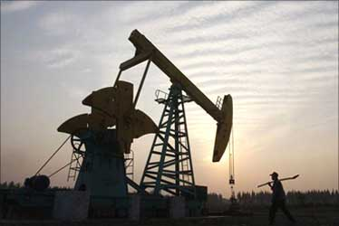 Crude oil may test $100/bbl level by 2011