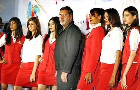 Vijay Mallya with Kingfisher employees.
