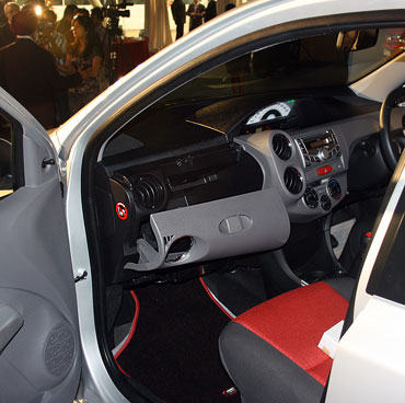 The 13ltr Cooled Glove Box and Front seat space of the Etios.