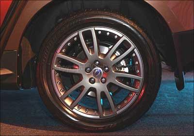 Volvo XC60 wheel.