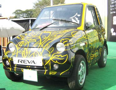 Mahindra launches REVAi at Rs 310,000