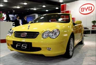 Chinese auto makers bet big on India story