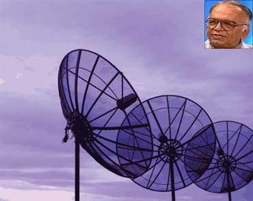 Inset: Pradeep Baijal.