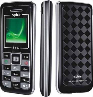 Move over MNCs, Made in India mobiles are here