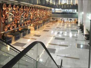 Delhi airport's space not used well, show figures