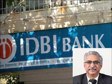 Inset: R M Malla, CMD, IDBI Bank.