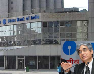 Inset: O P Bhatt, CMD, State Bank of India.