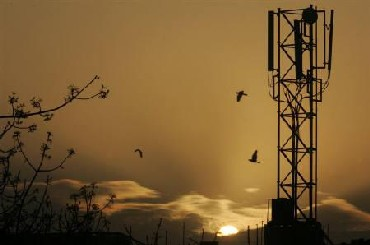 Telecom licence auction earned close to Rs 1.3 lakh crore of revenue
