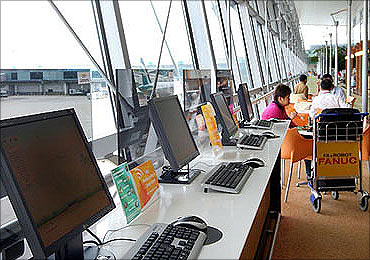 Internet terminals at Changi Airport.