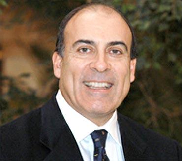 Muhtar Kent, CEO, Coca-Cola.