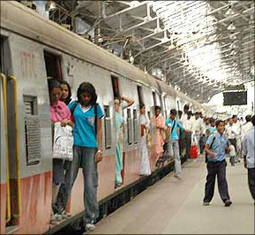 Railways log over 8% increase in earnings