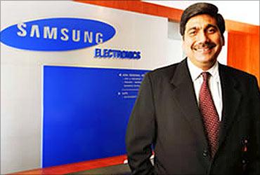 Ravinder Zutshi, Deputy Managing Director, Samsung India