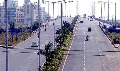 Palm Beach Marg, Navi Mumbai.