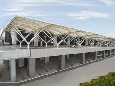 Frontal view of Terminal 3.