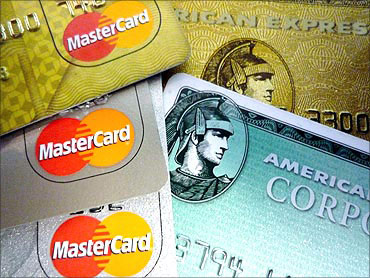 11 credit card fees that you must know about