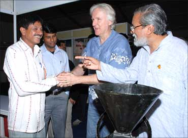 James Cameroon, film director, Prof Anil Gupta, vice chairman, NIF with Jahangir.