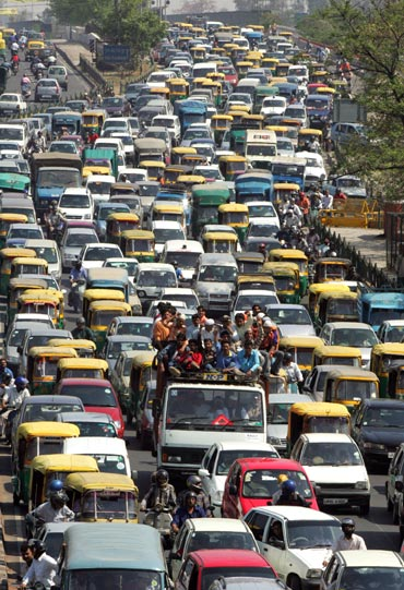 Heavy traffic on a New Delhi road.