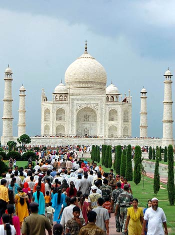 Indian BPO firms grew their combined exports earnings by 15 per cent despite the global economic slowdown. (Image) The Taj Mahal in Agra.