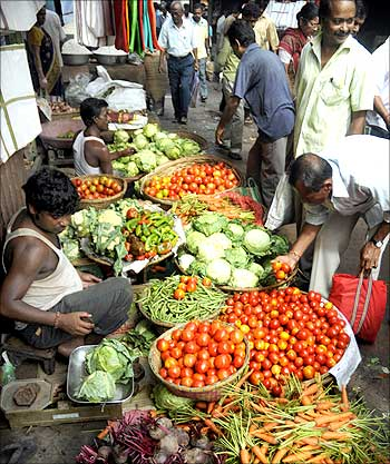 High food prices unacceptable, says FM