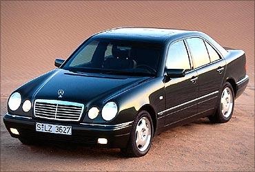 W210 Mercedes-Benz.