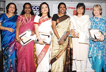 Patricia with other Ficci award winners.