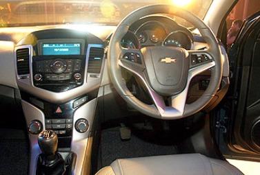 Chevrolet Cruze interiors.