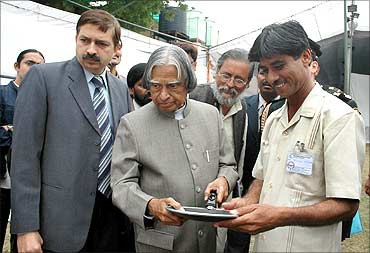 Mansukhbhai Prajapati with APJ Abdul Kalam.