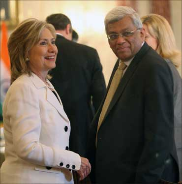 Hillary Clinton and Deepak Parekh, chairman, HDFC.
