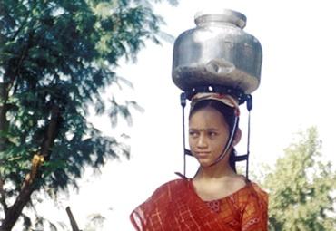 Head load reducing device by Khimjibhai Kanadia.
