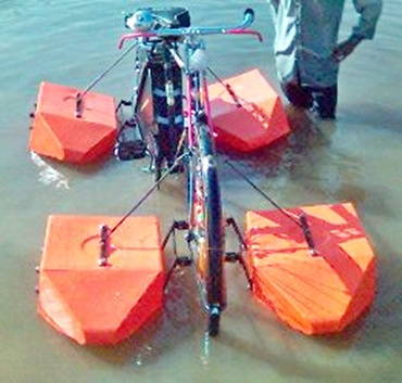 Amphibious cycle designed by Mohammad Saidullah.