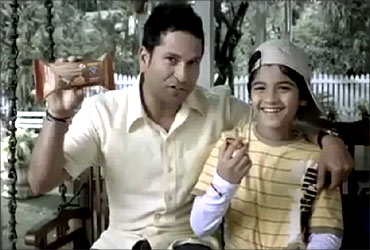 Sachin Tendulkar in Sunfeast ad.