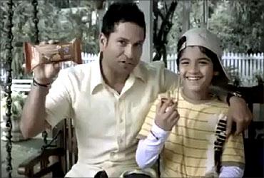 Sachin Tendulkar in Sunfeast ad.