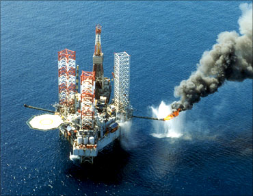 An off shore oil rig of state-run Korea National Oil Corp (KNOC).