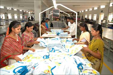 What makes Tirupur a hotspot for migrants - Rediff com Business