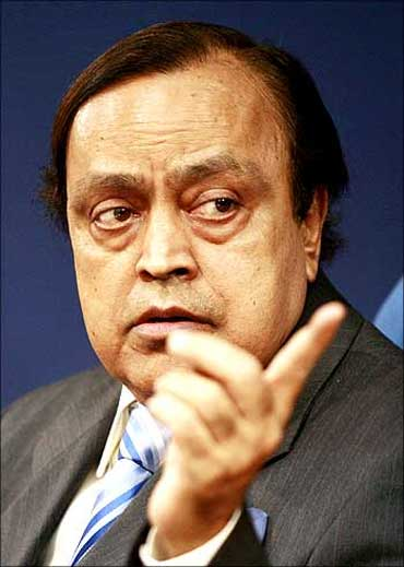 Minister of Petroleum and Natural Gas, Murli Deora.